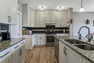 Photo 10: 359 Hillcrest Circle SW: Airdrie Detached for sale : MLS®# A1100580