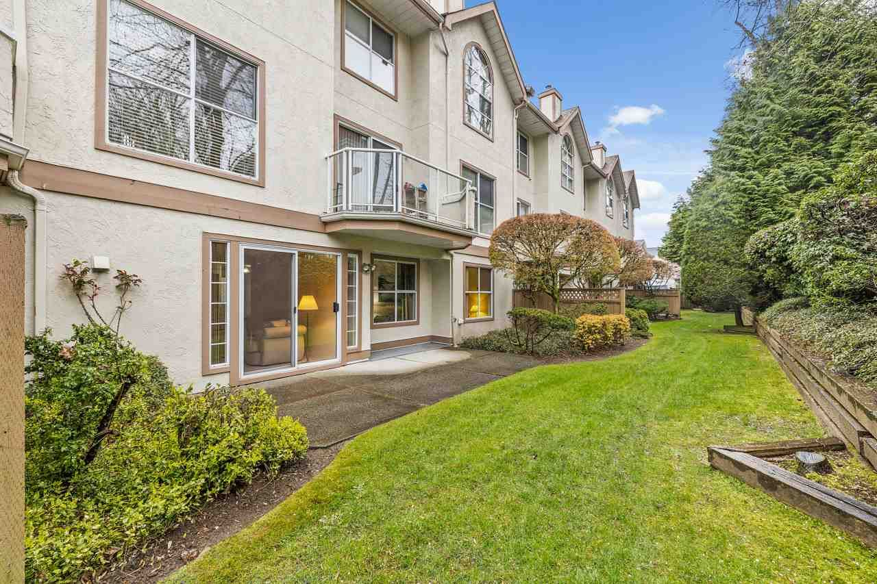 """Main Photo: 11 5575 PATTERSON Avenue in Burnaby: Central Park BS Townhouse for sale in """"ORCHARD COURT"""" (Burnaby South)  : MLS®# R2582794"""