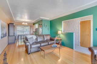Photo 4: 7796 ROSEWOOD Street in Burnaby: Burnaby Lake House for sale (Burnaby South)  : MLS®# R2163744