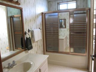 """Photo 9: 2 10221 WILSON Street in Mission: Stave Falls Manufactured Home for sale in """"TRIPLE CREEK ESTATES"""" : MLS®# F1442062"""