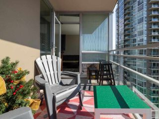 """Photo 9: 2301 2968 GLEN Drive in Coquitlam: North Coquitlam Condo for sale in """"Grand central II"""" : MLS®# R2552070"""