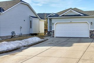 Photo 3: 154 WEST CREEK Bay: Chestermere Semi Detached for sale : MLS®# A1077510
