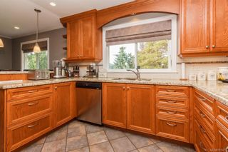 Photo 12: 1814 Jeffree Rd in Central Saanich: CS Saanichton House for sale : MLS®# 797477