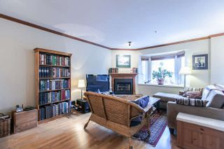 Photo 6: 2308 VINE STREET in Vancouver: Kitsilano Townhouse  (Vancouver West)  : MLS®# R2039868