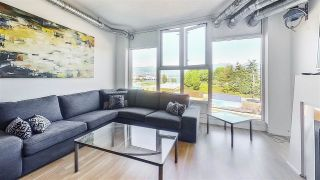 """Photo 4: 509 27 ALEXANDER Street in Vancouver: Downtown VE Condo for sale in """"ALEXIS"""" (Vancouver East)  : MLS®# R2505039"""