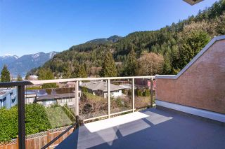 Photo 19: 6357 CHATHAM Street in West Vancouver: Horseshoe Bay WV 1/2 Duplex for sale : MLS®# R2357117