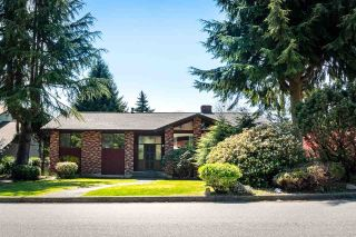 Photo 1: 8022 BURNLAKE Drive in Burnaby: Government Road House for sale (Burnaby North)  : MLS®# R2571431