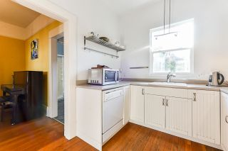 Photo 12: 1932 E PENDER STREET in Vancouver: Hastings House for sale (Vancouver East)  : MLS®# R2521417