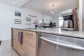 Photo 23: 704 66 Songhees Rd in : VW Songhees Condo for sale (Victoria West)  : MLS®# 867346