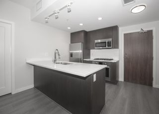 Photo 4: 911 3333 SEXSMITH Road in Richmond: West Cambie Condo for sale : MLS®# R2615103