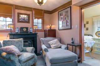 """Photo 11: 1697 E 22ND Avenue in Vancouver: Victoria VE House for sale in """"CEDAR COTTAGE"""" (Vancouver East)  : MLS®# R2150016"""