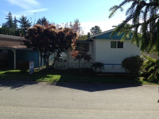 """Photo 1: Photos: 4 12868 229 Street in Maple Ridge: East Central Manufactured Home for sale in """"ALOUETTE RETIREMENT MOBILE HOME"""" : MLS®# R2212322"""