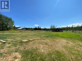 Photo 8: 1032 FALCON ROAD in Quesnel: House for sale : MLS®# R2605823