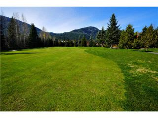 """Photo 9: 8109 MUIRFIELD Crescent in Whistler: Green Lake Estates House for sale in """"GREEN LAKE ESTATES, NICKLAUS NORTH"""" : MLS®# V1121748"""