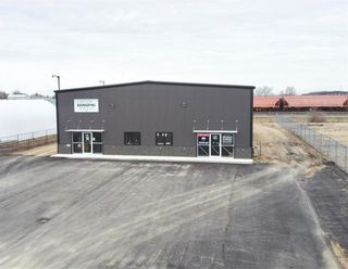 Photo 2: 124 Industrial Drive in Brandon: Industrial / Commercial / Investment for lease (C18)  : MLS®# 202109061