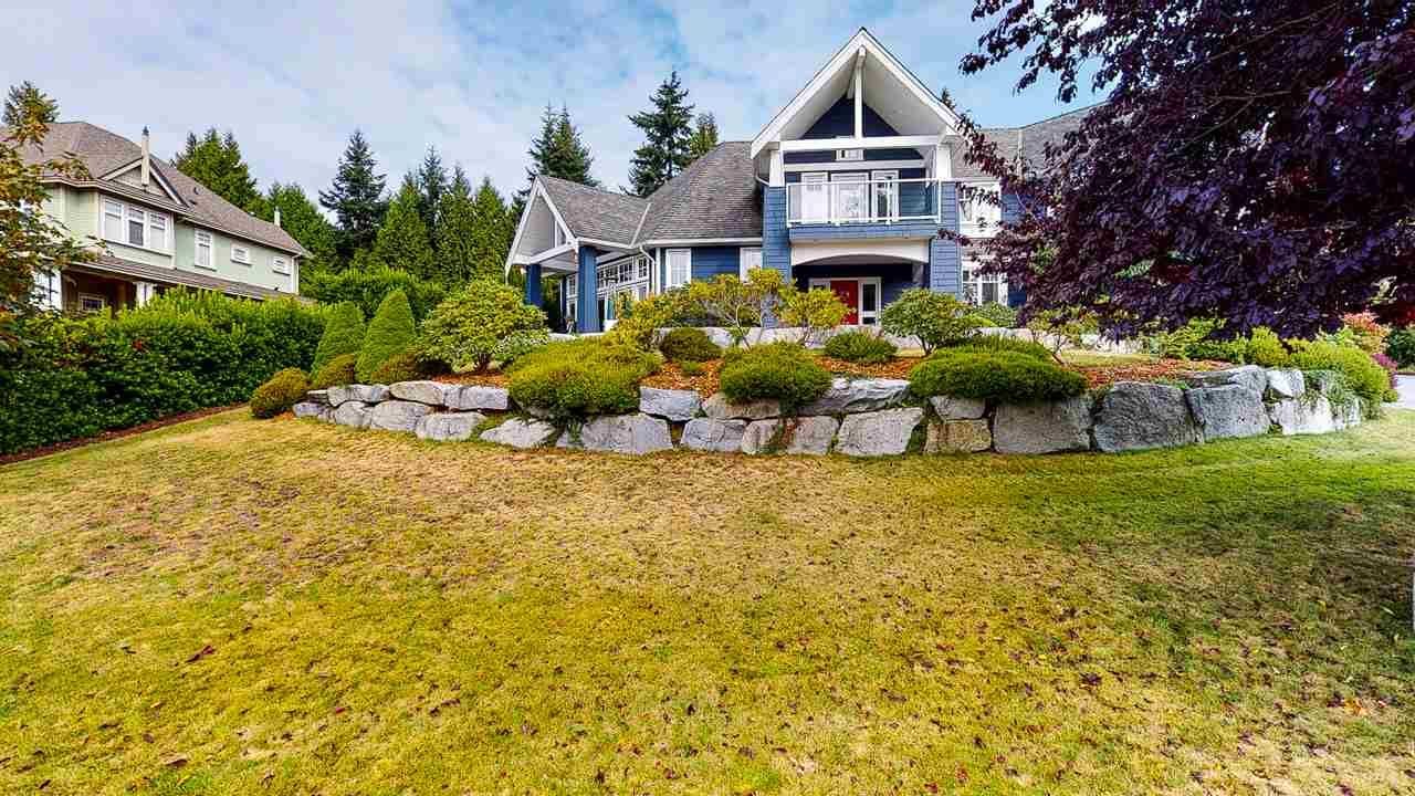 Main Photo: 1484 VERNON Drive in Gibsons: Gibsons & Area House for sale (Sunshine Coast)  : MLS®# R2587377