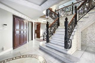 Photo 7: 7519 157 Avenue in Edmonton: Zone 28 House for sale : MLS®# E4226026