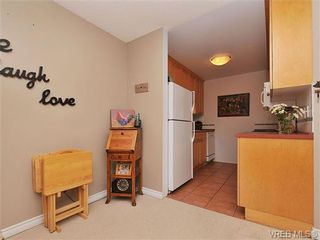 Photo 9: 207 420 Parry Street in VICTORIA: Vi James Bay Residential for sale (Victoria)  : MLS®# 332096