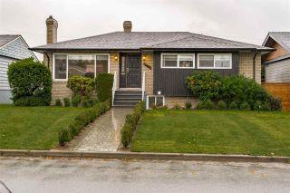 """Photo 1: 3776 VICTORY Street in Burnaby: Suncrest House for sale in """"SUNCREST"""" (Burnaby South)  : MLS®# R2500442"""