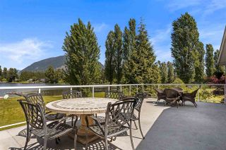 """Photo 6: 8490 BENBOW Street in Mission: Hatzic House for sale in """"HATZIC LAKE"""" : MLS®# R2582632"""
