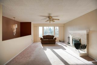 Photo 4: 6049 49B Avenue in Delta: Holly House for sale (Ladner)  : MLS®# R2221972