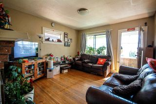Photo 6: 3657 E PENDER Street in Vancouver: Renfrew VE House for sale (Vancouver East)  : MLS®# R2561375