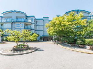"""Photo 17: 106 14885 100 Avenue in Surrey: Guildford Condo for sale in """"THE DORCHESTER"""" (North Surrey)  : MLS®# R2088062"""