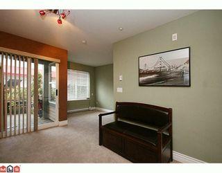 "Photo 7: 106 20200 56 Avenue in Langley: Langley City Condo for sale in ""Bentley"" : MLS®# F2928010"