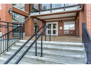 "Photo 2: 320 5516 198 Street in Langley: Langley City Condo for sale in ""MADISON VILLAS"" : MLS®# R2195126"