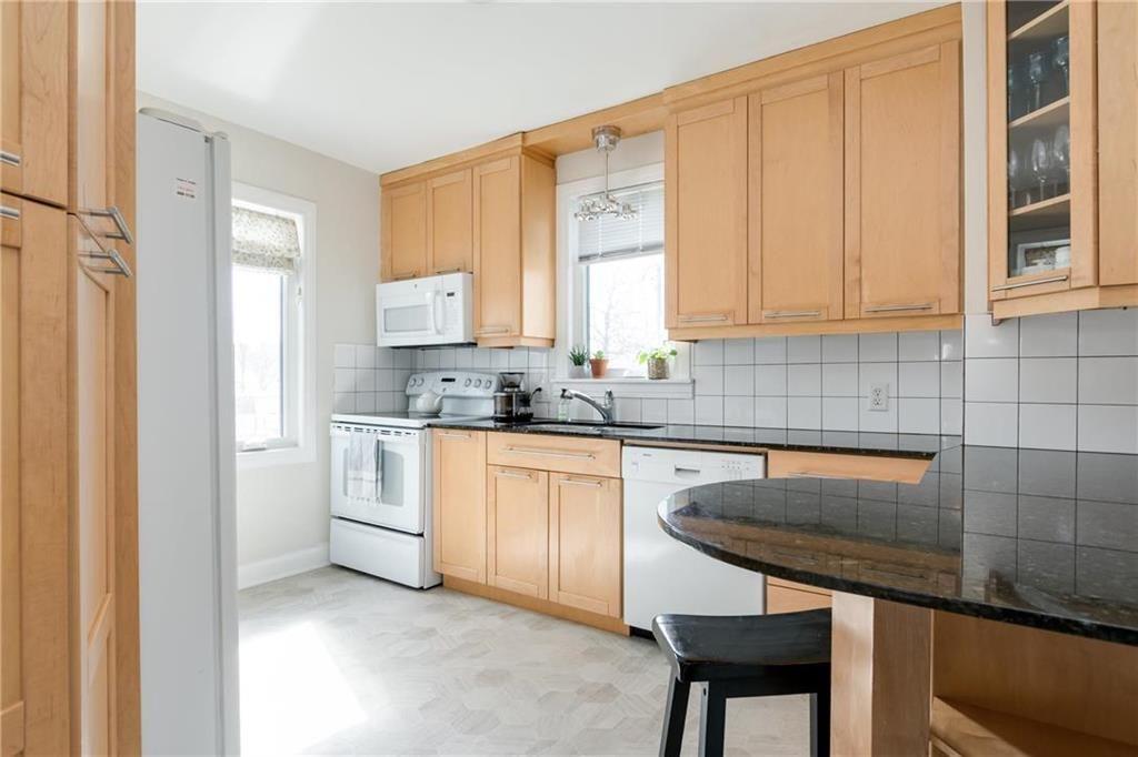Photo 7: Photos: 292 Renfrew Street in Winnipeg: Residential for sale (1C)  : MLS®# 202010830