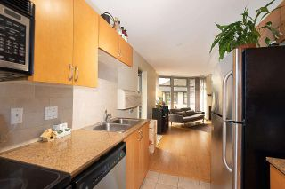 """Photo 17: 201 2965 FIR Street in Vancouver: Fairview VW Condo for sale in """"Crystle Court"""" (Vancouver West)  : MLS®# R2582689"""