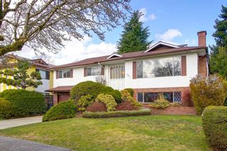Photo 1: 3411 E 52ND Avenue in Vancouver: Killarney VE House for sale (Vancouver East)  : MLS®# R2243209