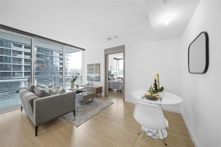 "Photo 5: 413 89 NELSON Street in Vancouver: Yaletown Condo for sale in ""THE ARC"" (Vancouver West)  : MLS®# R2561204"