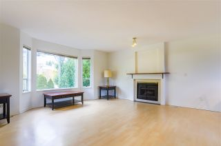 Photo 2: 14320 NORTH BLUFF Road: White Rock House for sale (South Surrey White Rock)  : MLS®# R2440472