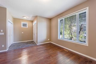 Main Photo: 415 52 Avenue SW in Calgary: Windsor Park Semi Detached for sale : MLS®# A1148088