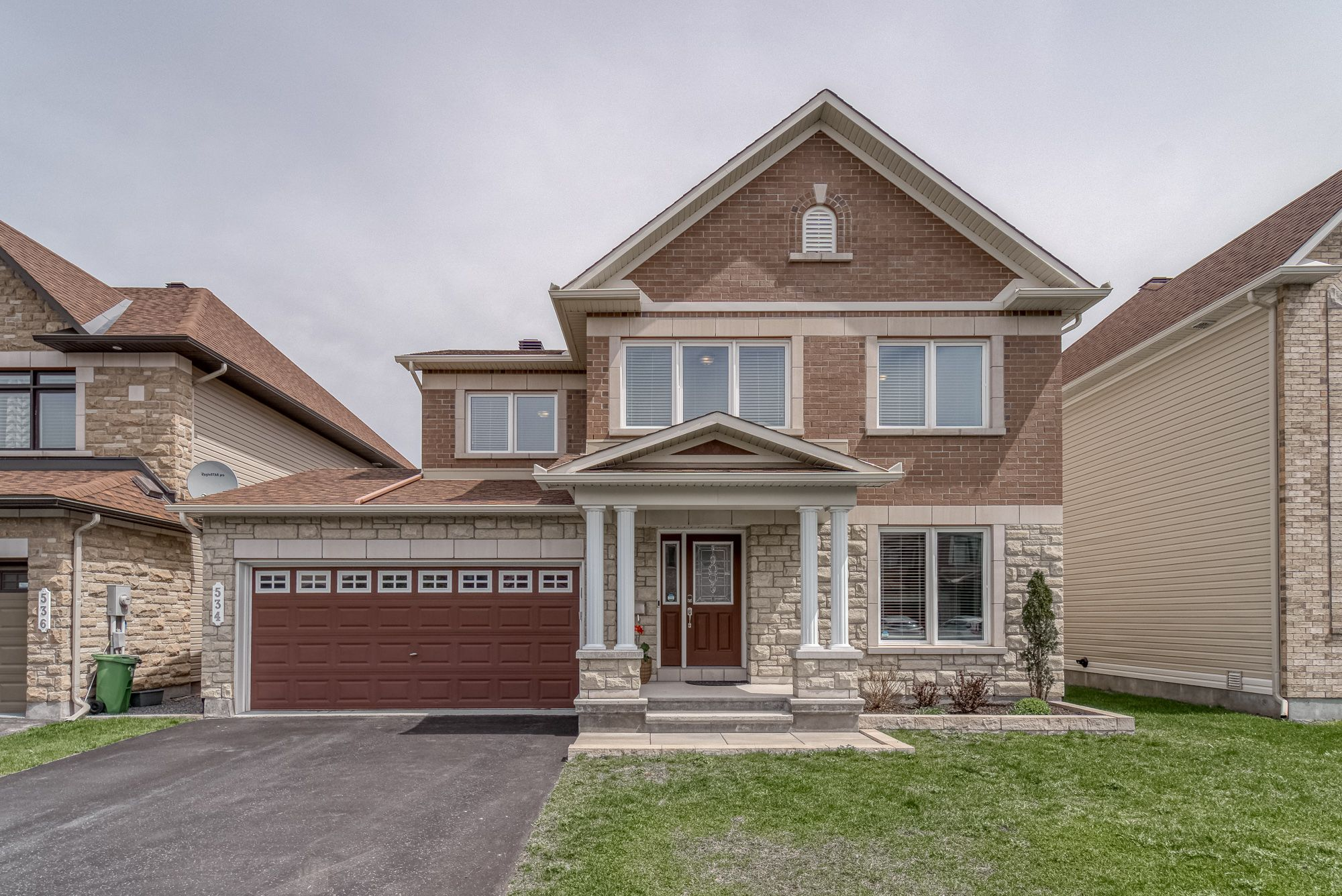 Main Photo: 534 CARACOLE WAY in Ottawa: House for sale : MLS®# 1243666