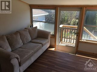 Photo 17: 102 STARWOOD ROAD UNIT#A in Ottawa: House for rent