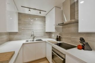 """Photo 2: 207 349 E 6TH Avenue in Vancouver: Mount Pleasant VE Condo for sale in """"Landmark House"""" (Vancouver East)  : MLS®# R2085841"""