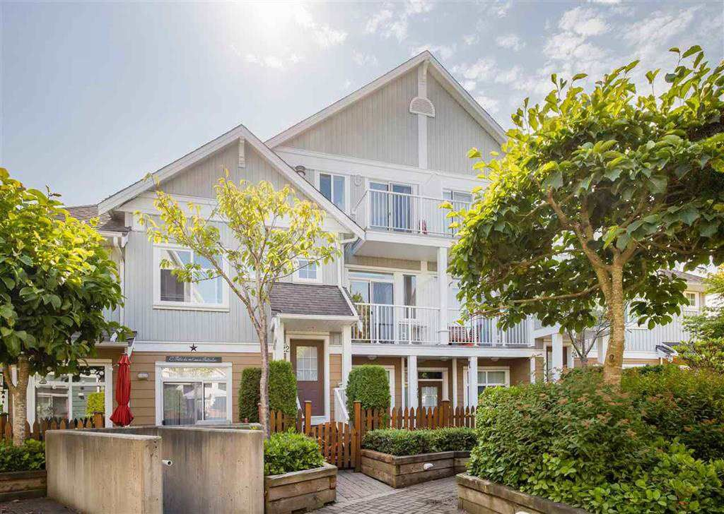 "Main Photo: 28 6300 LONDON Road in Richmond: Steveston South Townhouse for sale in ""MCKINNEY CROSSING"" : MLS®# R2558678"
