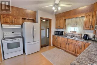 Photo 8: 1309 14th ST W in Prince Albert: House for sale : MLS®# SK867773