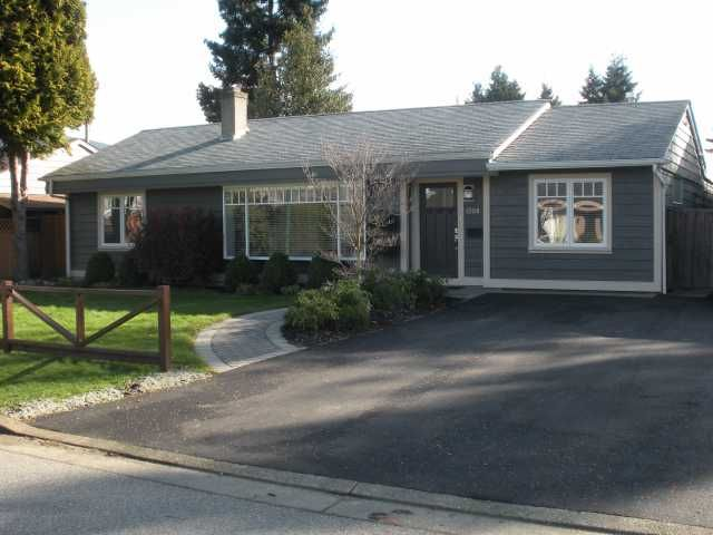 FEATURED LISTING: 1208 DOGWOOD North Vancouver