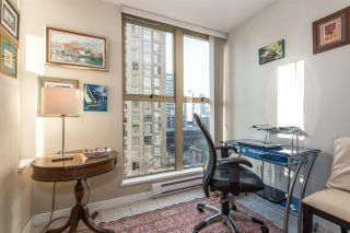 "Photo 6: 808 969 RICHARDS Street in Vancouver: Downtown VW Condo for sale in ""MONDRIAN II"" (Vancouver West)  : MLS®# R2332263"