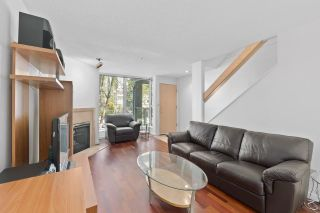 """Photo 5: 930 W 14TH Avenue in Vancouver: Fairview VW Townhouse for sale in """"Fairview Court"""" (Vancouver West)  : MLS®# R2574639"""