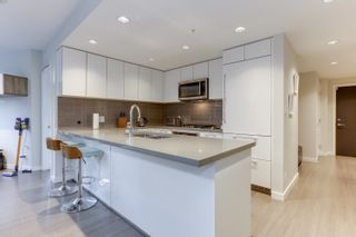 Photo 8: 206 3093 WINDSOR Gate in Coquitlam: New Horizons Condo for sale : MLS®# R2624700