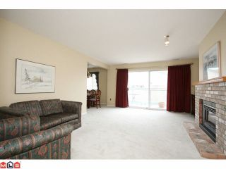 """Photo 3: 706 21937 48TH Avenue in Langley: Murrayville Townhouse for sale in """"ORANGEWOOD"""" : MLS®# F1026871"""