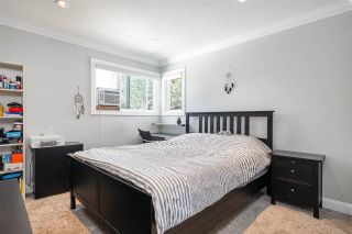 """Photo 20: 15667 101 Avenue in Surrey: Guildford House for sale in """"Somerset"""" (North Surrey)  : MLS®# R2481951"""