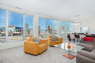"""Photo 2: 2105 989 NELSON Street in Vancouver: Downtown VW Condo for sale in """"Electra"""" (Vancouver West)  : MLS®# R2572963"""