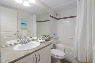 Photo 17: 207 15621 MARINE Drive: White Rock Condo for sale (South Surrey White Rock)  : MLS®# R2578326