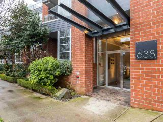 "Photo 1: 315 638 W 7TH Avenue in Vancouver: Fairview VW Condo for sale in ""Omega"" (Vancouver West)  : MLS®# R2424354"
