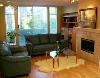 Photo 2: TH3 - 2668 Ash Street in Vancouver: Fairview VW Townhouse for sale (Vancouver West)  : MLS®# V605960